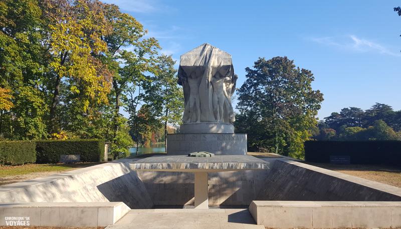 Monument au mort, parc de la tête d'or à Lyon