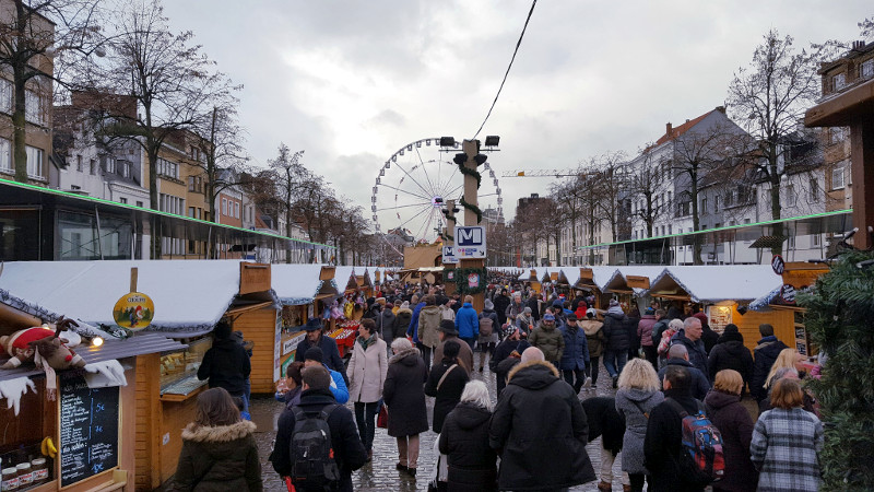 Marché Noel place sainte-catherine à bruxelles