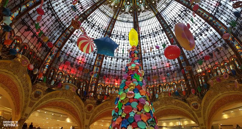 Sapin des Galeries Lafayette à Noel