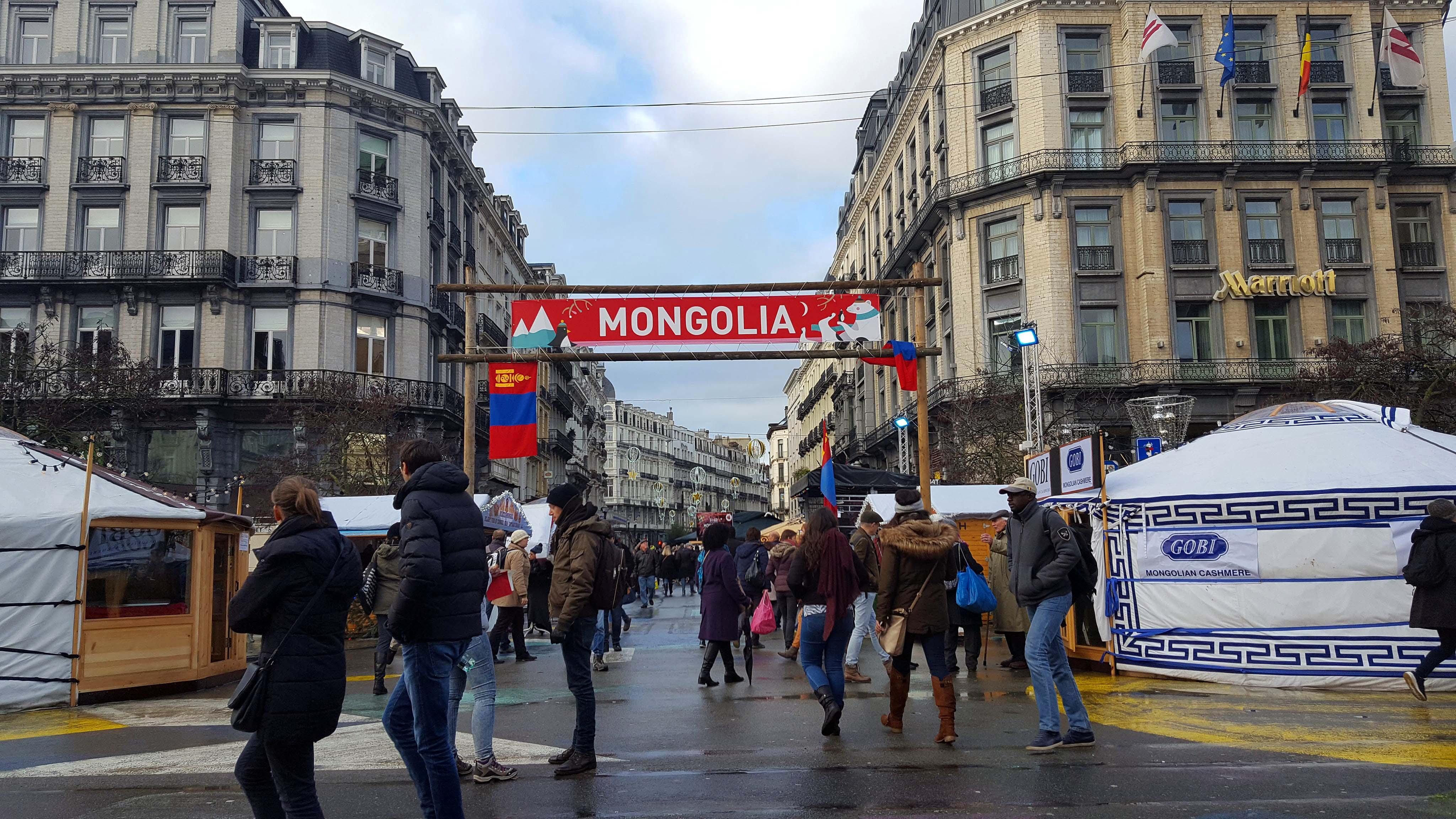 village-mongolie-marche-noel-bruxelles